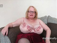 Granny Sally loves to swing and pull on her tits